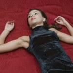 Dead woman lying on the floor — Stock Photo