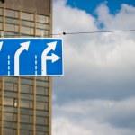yol işareti — Stok fotoğraf