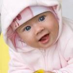 uśmiechnięte dziecko — Zdjęcie stockowe