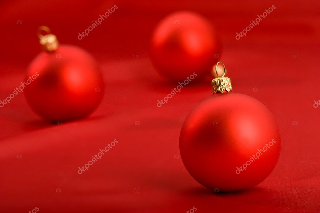 Holiday series: still life with red christmas balls — Lizenzfreies Foto #1359661