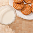 Milk and pastry — Stock Photo