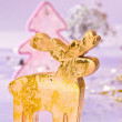 Foto Stock: Golden deer