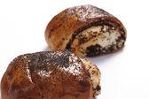 Klein brood met papaver-zaad — Stockfoto