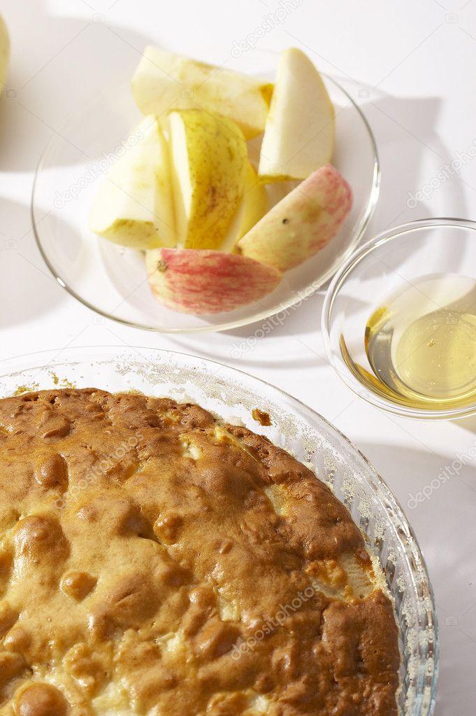 готовить шарлотку яблоками рецепт фото