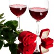 Red wine, rose and wedding rings — Foto Stock