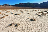 The cracked ground in desert — Photo