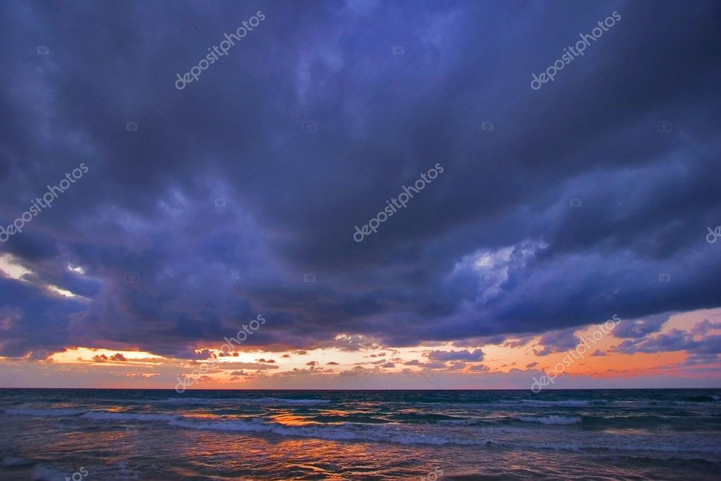 The Winter decline on the Mediterranean  sea — Stock Photo #2574313