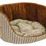 Dog sofa — Stock Photo #1242790