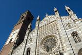 Duomo of Monza facade — Stock Photo