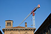 House renovation with jib crane — Stock Photo