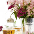 Herbal tea and flowers — Foto de Stock