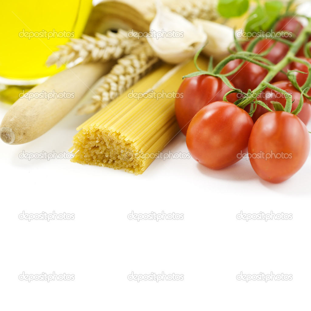 Symbolic arrangement of the Italian cuisine over white — Stock Photo #1443204