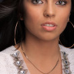 Young beautiful brunette east girl — Stock Photo