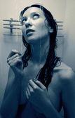 シャワーを浴びて女の子 — ストック写真
