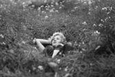 Carefree girl similar to Marylin Monro. — Stock Photo