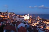 City view in Lisbon, Portugal (sunset) — Foto de Stock