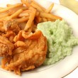 Southern fried chicken dinner — Stock Photo #1969002