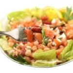Healthy vegetarian bean salad — Stock Photo