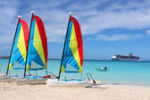 Tropical beach boats and ship — Foto Stock