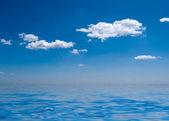 Blue sky and the sea — Stock Photo