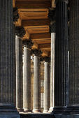 Corinthian colonnade — Stock Photo