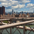 new york city från brooklyn bridge — Stockfoto