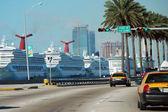 Anchored Ship, Miami Beach, January 2007 — Stock Photo