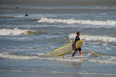 Surfer in Galveston, Texas, 2008 — Stock Photo