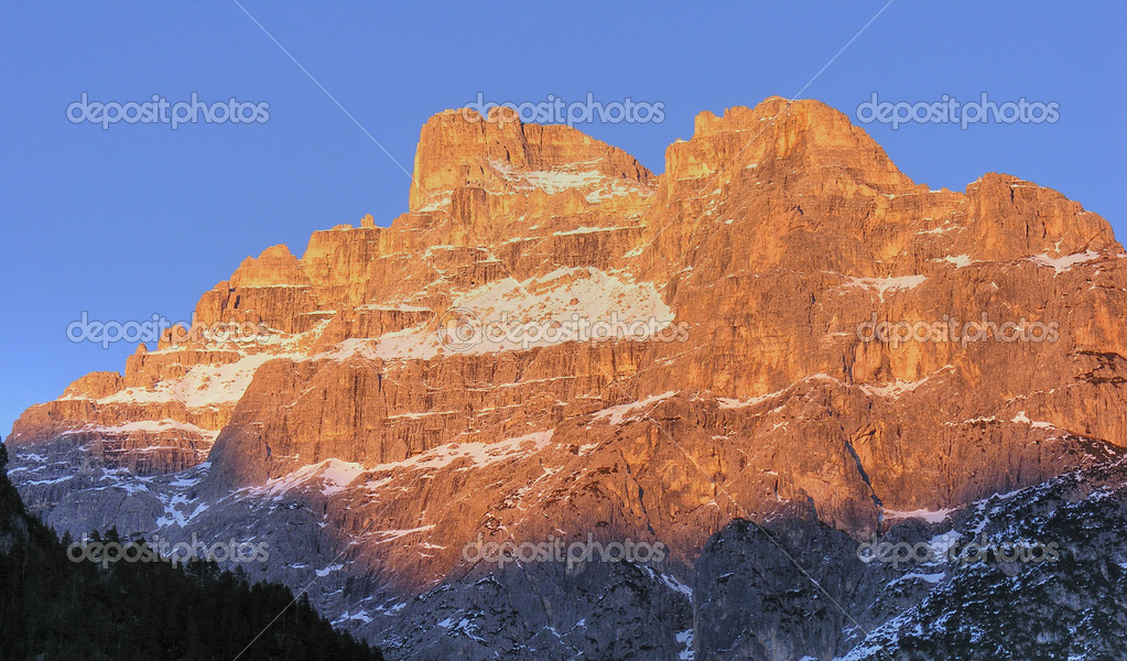 Wonderful colours of Dolomites in winter — Stock Photo #1252701