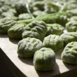 Wild leek & spinach gnocchi — Stock Photo