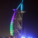 Burj Al Arab landmark at\fter sunset — Stock Photo #1268553