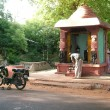 Roadside Hindu Temple — Stock Photo