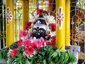 Templo de kali hindu na estrada — Fotografia Stock