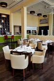Restaurant in luxury hotel, Dubai, UAE — Stock Photo