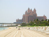 Beach of Atlantis the Palm hotel, Dubai — Stock Photo