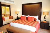 Apartment in luxurious hotel Dubai, UAE — Stock Photo