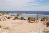 Beach at popular hotel, Sharm el Sheikh — Stock Photo
