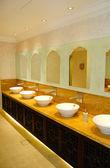 Restroom in luxury hotel, Dubai, UAE — Stock Photo