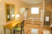 Bathroom in luxury hotel — Stock Photo