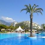 Swimming pool at popular hotel — Stock Photo