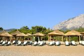 Beach at popular Mediterranean hotel — Stock Photo