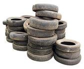 Pila de viejos neumáticos — Foto de Stock