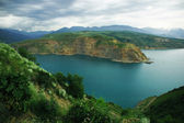 Lago de montanha azul — Fotografia Stock