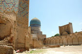 Ancient ruined mosque in Samarkand — Stock Photo