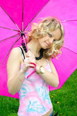 Beautiful girl and umbrella — Stock Photo