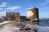 Sentry horige toren op kust, sardinië — Stockfoto