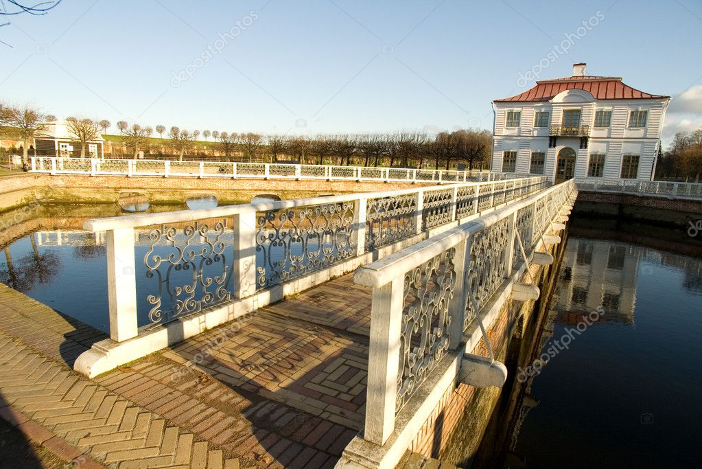 The bridge with a white handrail and brick floor to a palace Marli, Peterhof, St. Petersburg, Russia (2) — Stock Photo #1592828