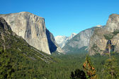 Tunnel viewpoint Yosemite National Park — Stock Photo