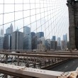 Brooklyn Bridge and Manhattan Skyline in — Stock Photo