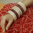 Colorful Bridal Ornament Bangles — Stockfoto